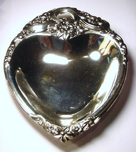 23: FANCY HEART SHAPED SILVERPLATED DISH