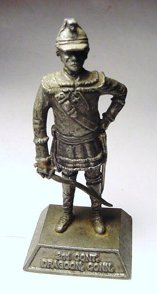 5: 2ND CONTINENTAL CONNECTICUT DRAGOON STATUE