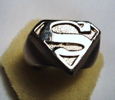 19: VINTAGE SUPERMAN RING SIZE