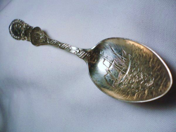 10: 1892 COLUMBIAN EXPO STERLING SPOON