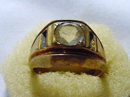 16: 18K GOLD PLATED RING