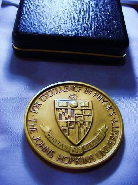 5: JOHNS HOPKINS UNIVERSITY BRONZE MEDAL FOR PHYSICS