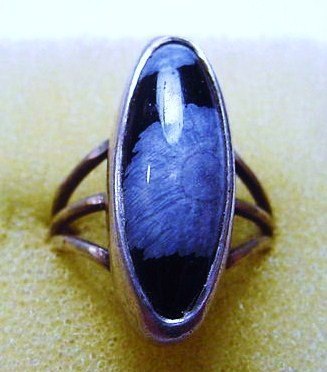 230: NAVAJO SILVER AGATE RING SIZE 6