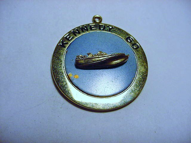 1960 KENNEDY JOLLE CAMPAIGN PENDANT