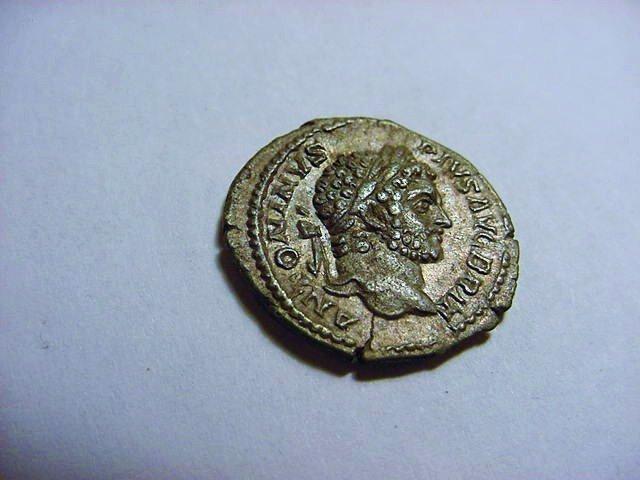196-217 CARACALLA ANCIENT ROMAN SILVER DENARIUS