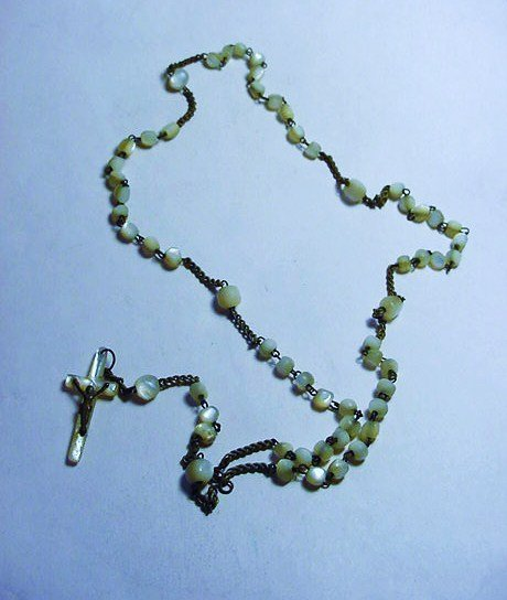 VINTAGE MOTHER OF PEARL ROSARY BEADS