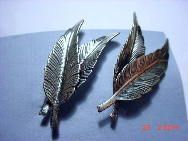 VINTAGE DANECRAFT STERLING FEATHER EARRINGS