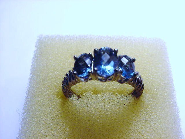 VINTAGE STERLING BLUESTONE RING  SIZE  7