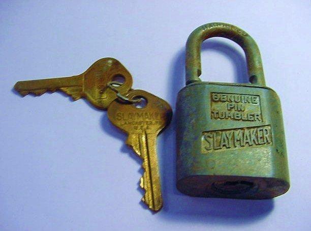 U.S. NAVY SLAYMAKER LOCK & KEYS