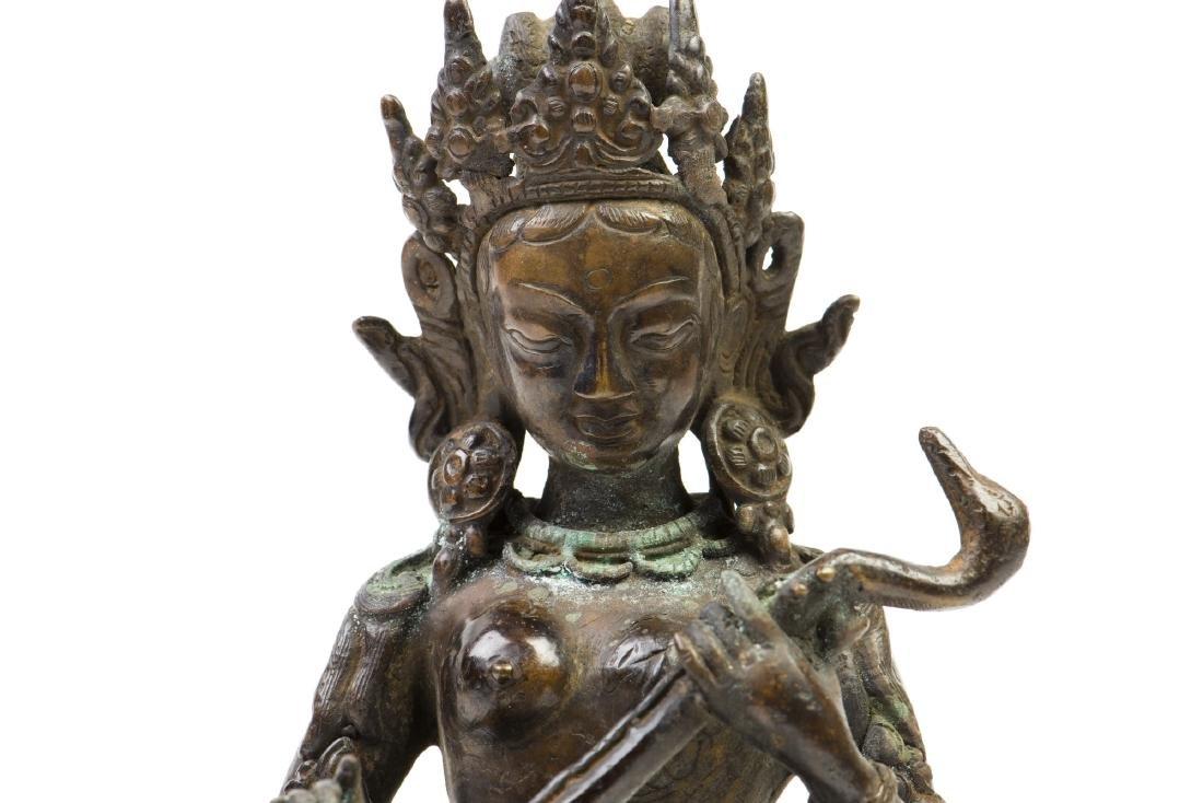 A GILT-BRONZE FIGURE OF BUDDHA - 2