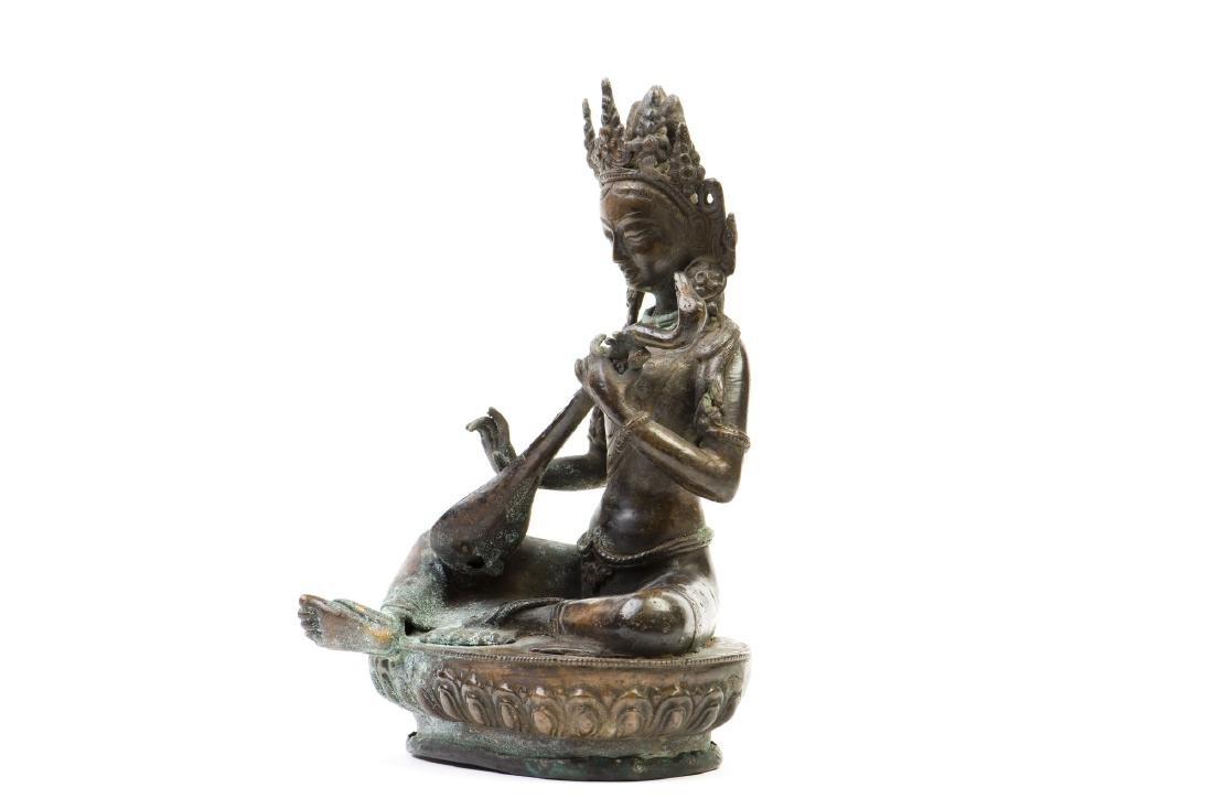 A GILT-BRONZE FIGURE OF BUDDHA - 3