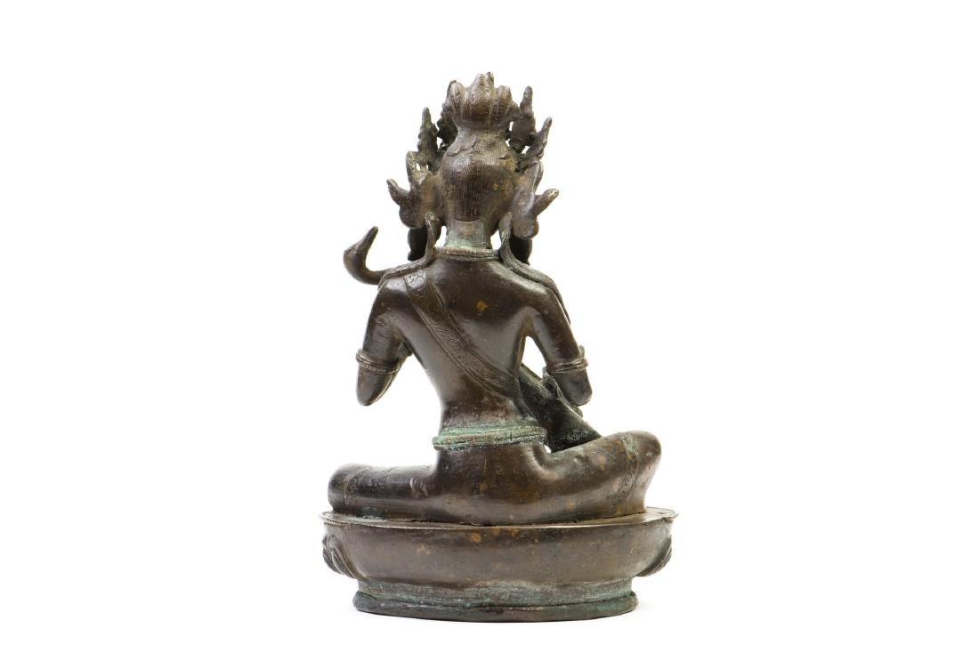 A GILT-BRONZE FIGURE OF BUDDHA - 4