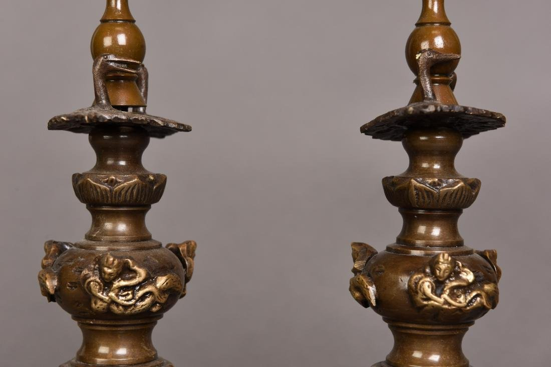 A PAIR OF BRONZE CANDLESTICK, SHOWA PERIOD - 3