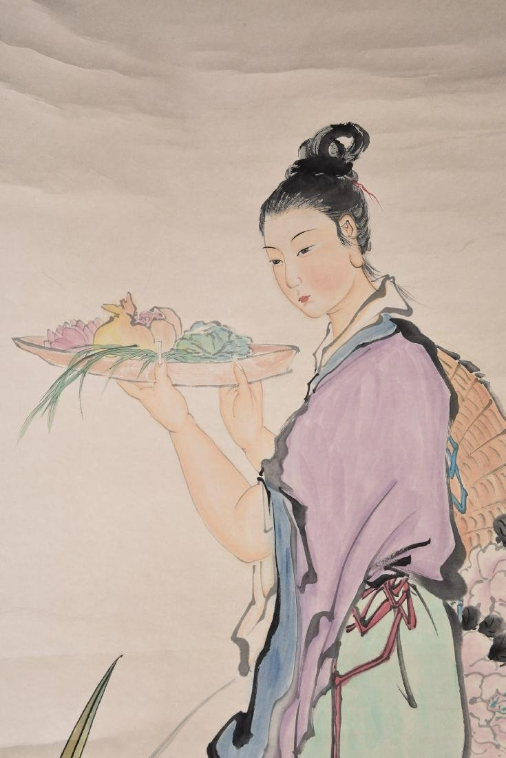 A CHINESE SCROLL PAINTING OF LADY - 3