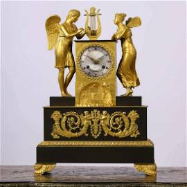 A Gilding Bronze Western Figural Sitting Clock