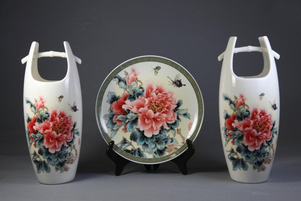 10: Painted Porcelain Barrel Vases and a Plaque Set
