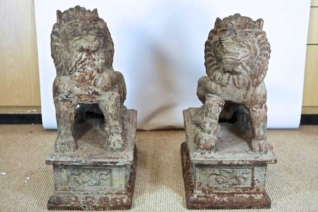 622: Crafted Pair of Protective Lion Statues