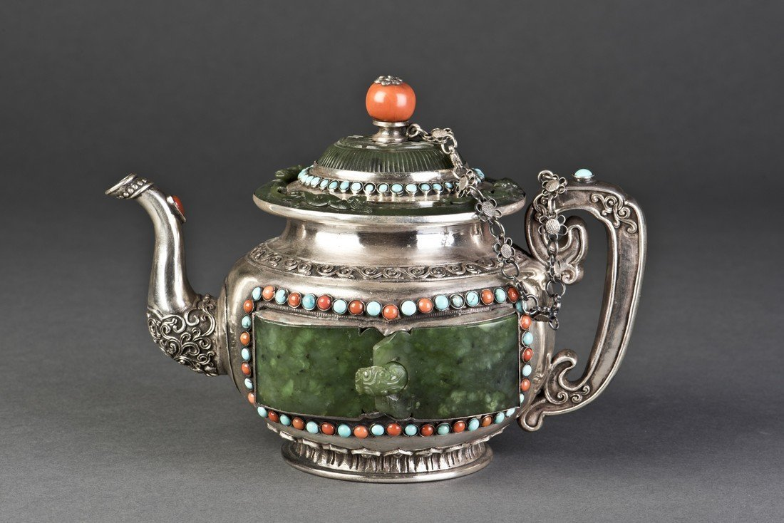 Delicated Silver Teapot with Inlaid Jade
