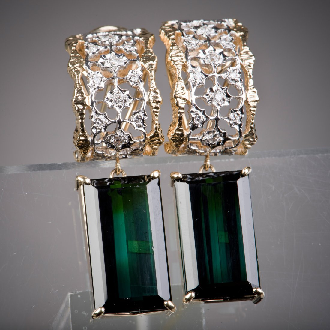 A PAIR OF GREEN TOURMALINE EARRINGS,  WITH CERTIFICATE