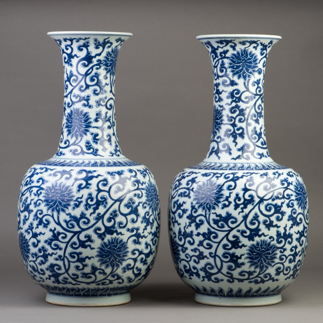A PAIR OF LARGE BLUE AND WHITE PORCELAIN VASES