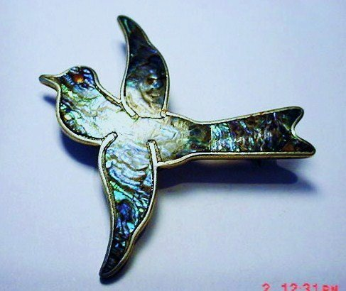 VINTAGE SIGNED MEXICAN STERLING ABALONE BIRD PIN