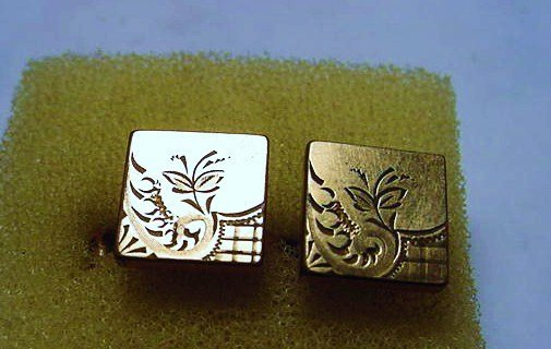 ANTIQUE PAIR OF ENGRAVED  CUFF LINKS
