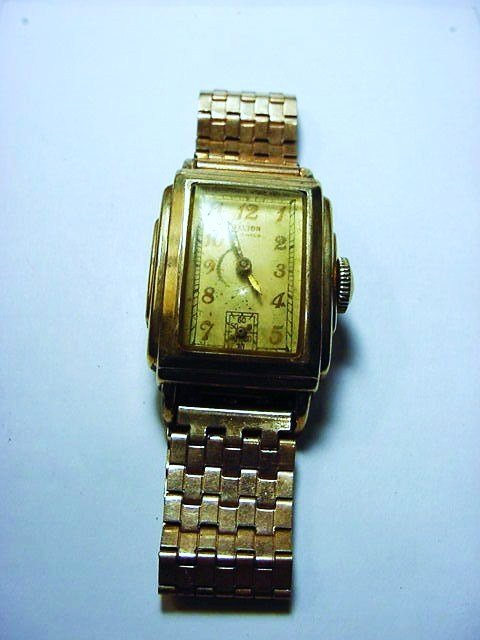 VINTAGE GOLD FILLED WATCH NEEDS WORK
