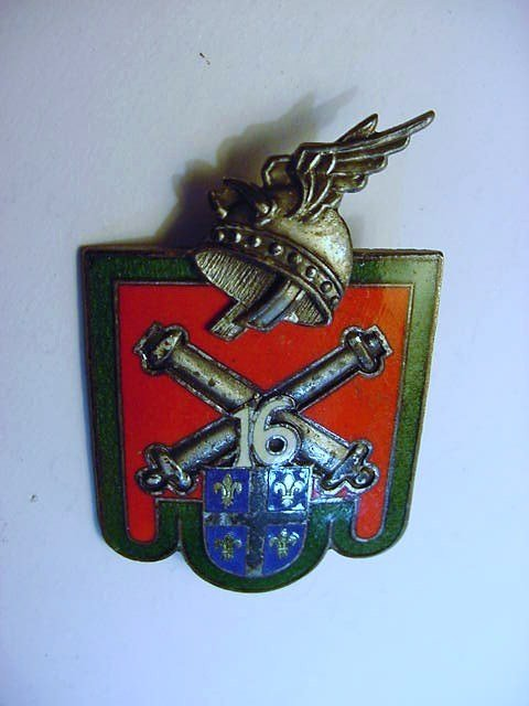 ENAMELED FRENCH ARTILLERY BADGE