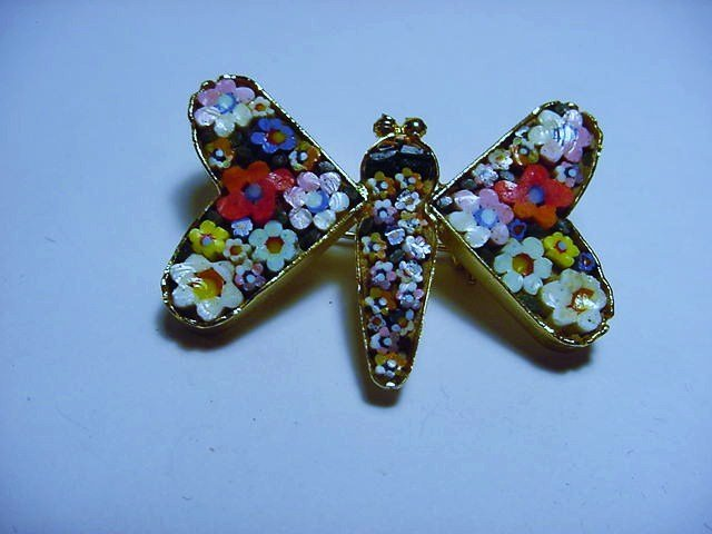 VINTAGE  ITALY  MICRO MOSAIC BUTTERFLY PIN