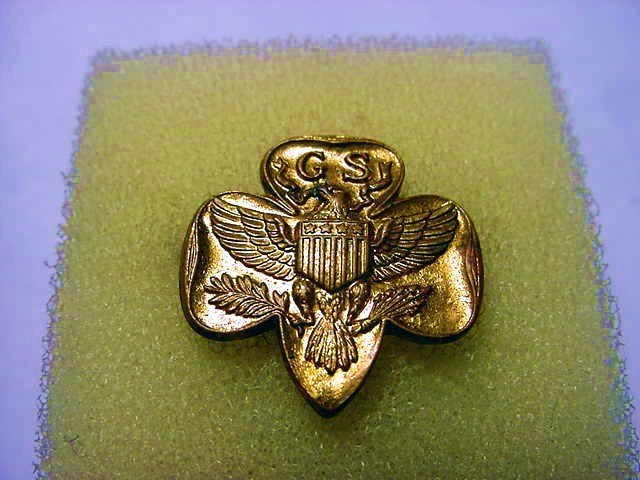 EARLY GIRL SCOUT PIN