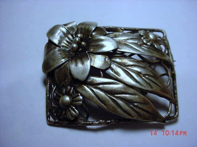 VINTAGE  CRAFT  CORO  STERLING FLORAL PIN