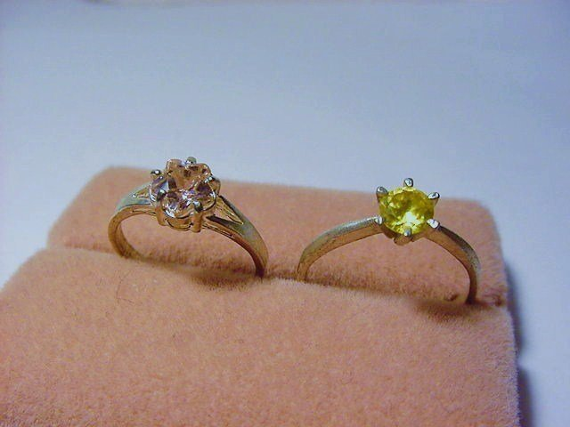 [2] ]VINTAGE  RINGS SIZE  5.5  & SIZE   8