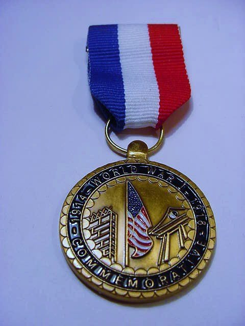 WWI COMMEMORATIVE MEDAL