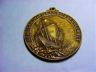 1944 GOLD FILLED KNIGHTS OF COLUMBUS MEDAL