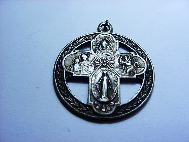 VINTAGE STERLING RELIGIOUS MEDAL