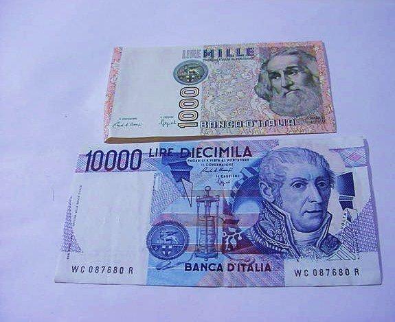 ITALIAN PAPERMONEY LOT