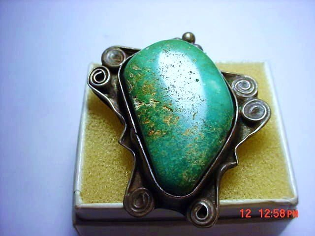 NAVAJO SILVER TURQUOISE RING  SIZE  7