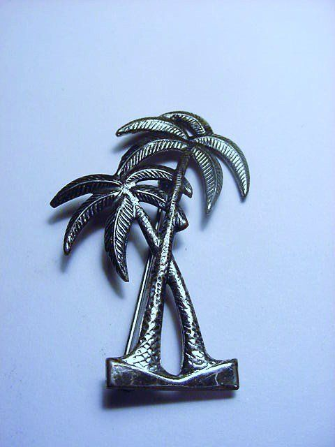 VINTAGE BEAU STERLING PALM TREES PIN