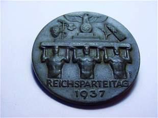 1937 NAZI GERMAN MEDAL