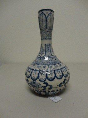 Decorative Chinese Blue White Porcelain Bottle