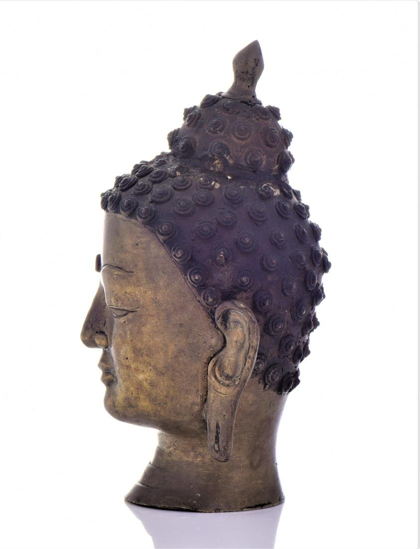 Antique Thai Bronze Buddha Head. - 4