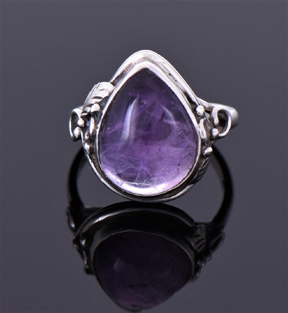 Vintage Amethyst Sterling Silver Ring.