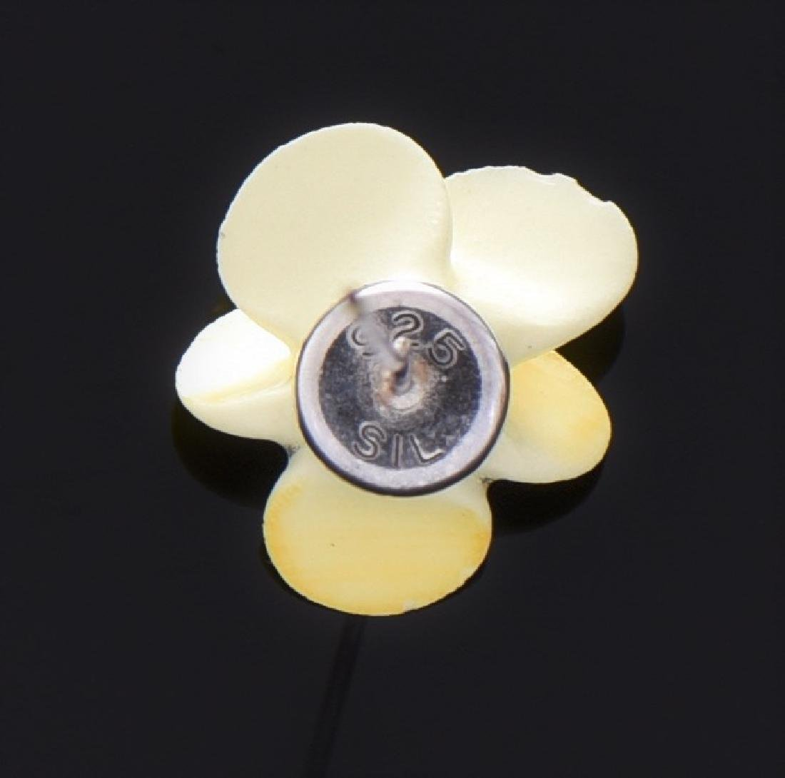 Vintage Sterling Silver Flower Lapel Pin. - 2
