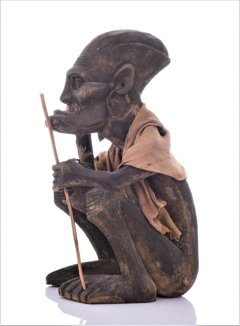 African Tribal Medicine Man Wood Sculpture. - 4