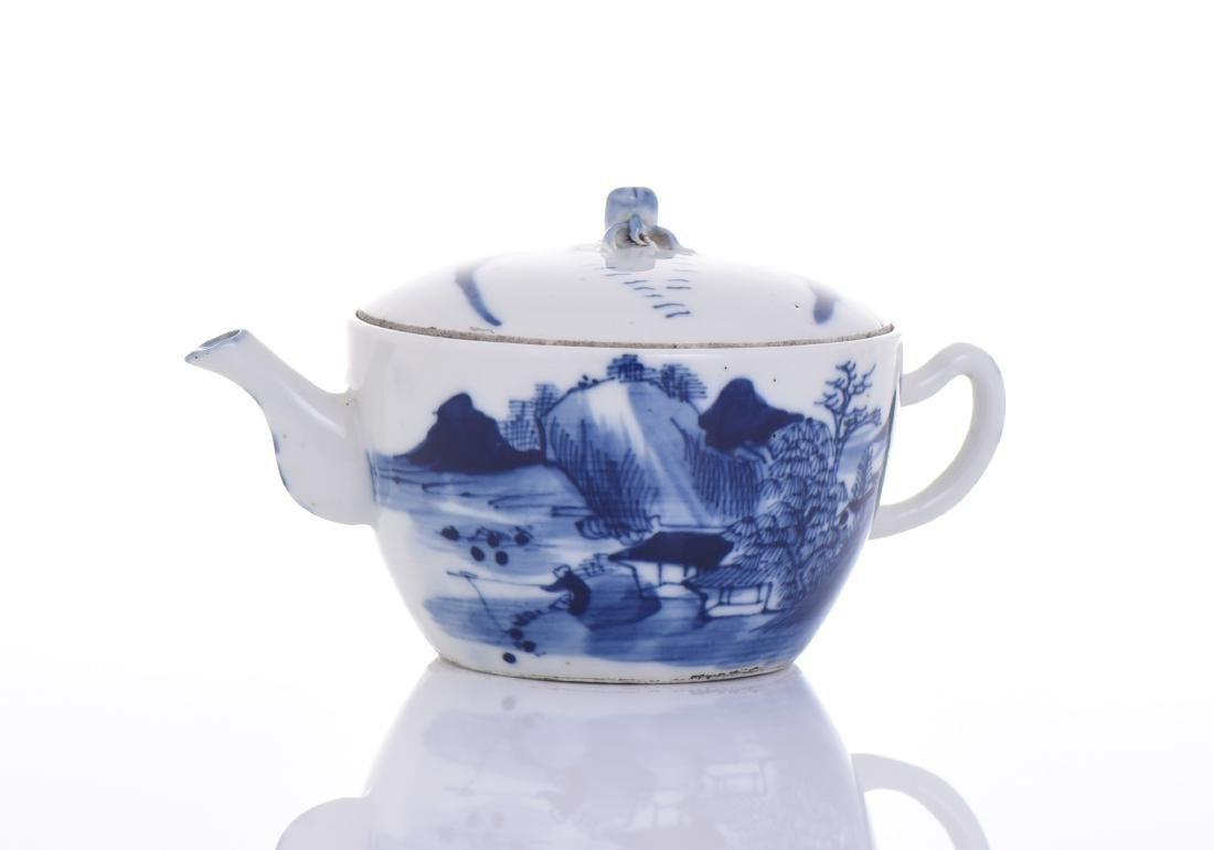 Qing Dynasty Blue And White Porcelain - 3
