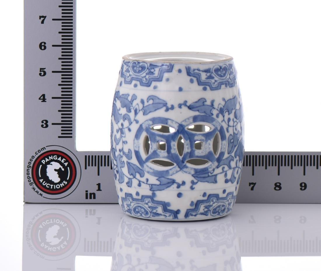 Blue And White Porcelain Miniature Garden Stool - 6