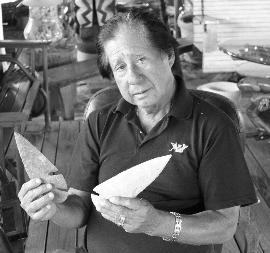 Stone spearhead artifact, Native American Indian.  See - 9