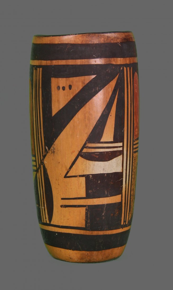 1900's South West Native American Indian Hopi pottery.