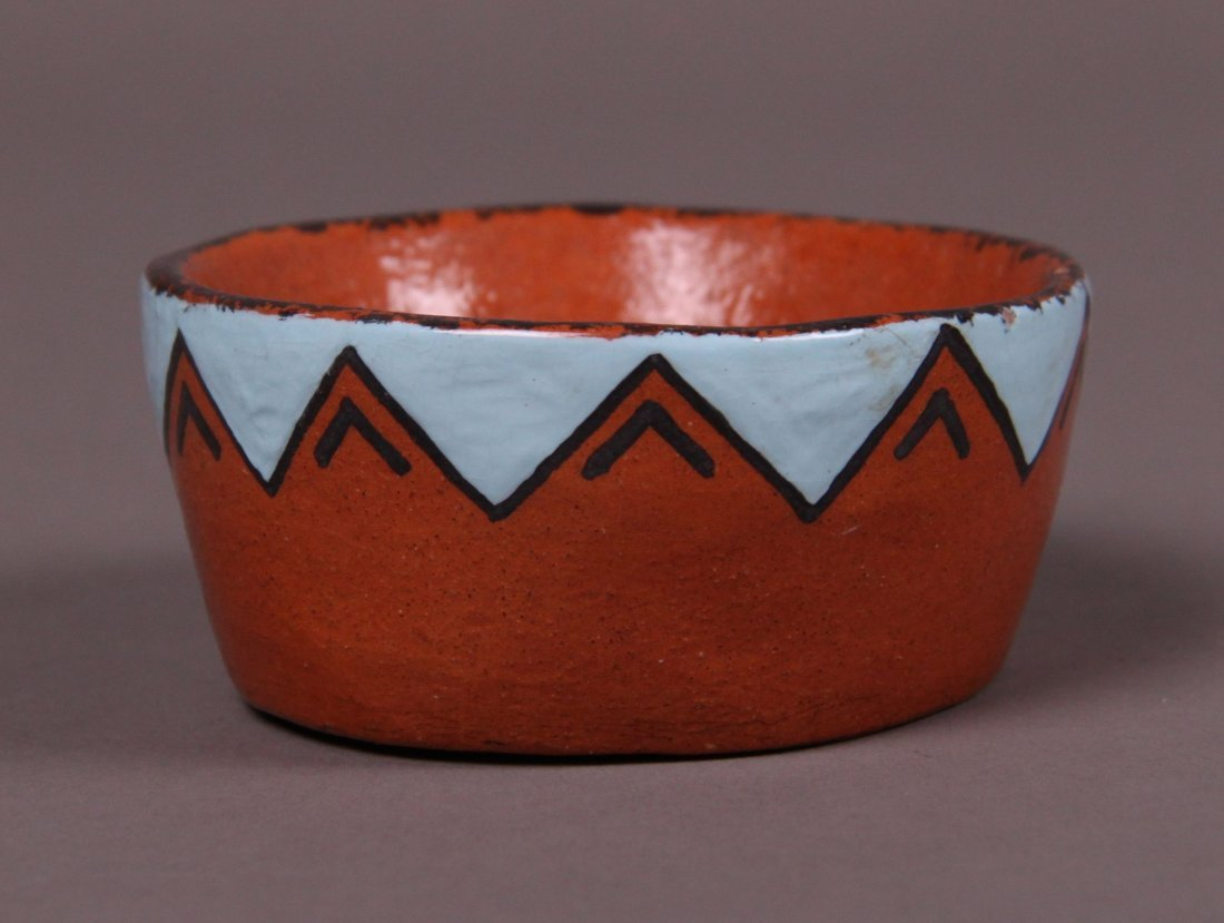 "Mrs. Jo.Peters Native American pottery signed ""Karok"""