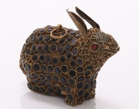1920's Chinese Tibet/nepal Brass Rabbit With Red Coral,